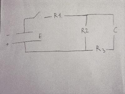 esercizi circuiti rc carica